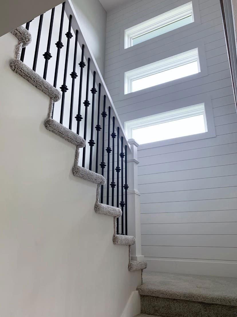 Colony-Custom-Homes-Stairwell